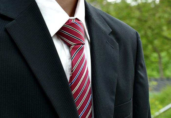 新入社員が選ぶべきネクタイについて